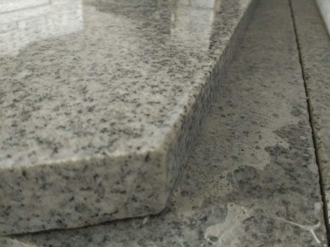 Light Grey Stone Stair Treads And Risers , 7.5 Hardness Granite Stone Stairs